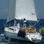 Family sailing with the RYA