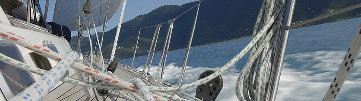 Sailing courses in Greece - view from side deck
